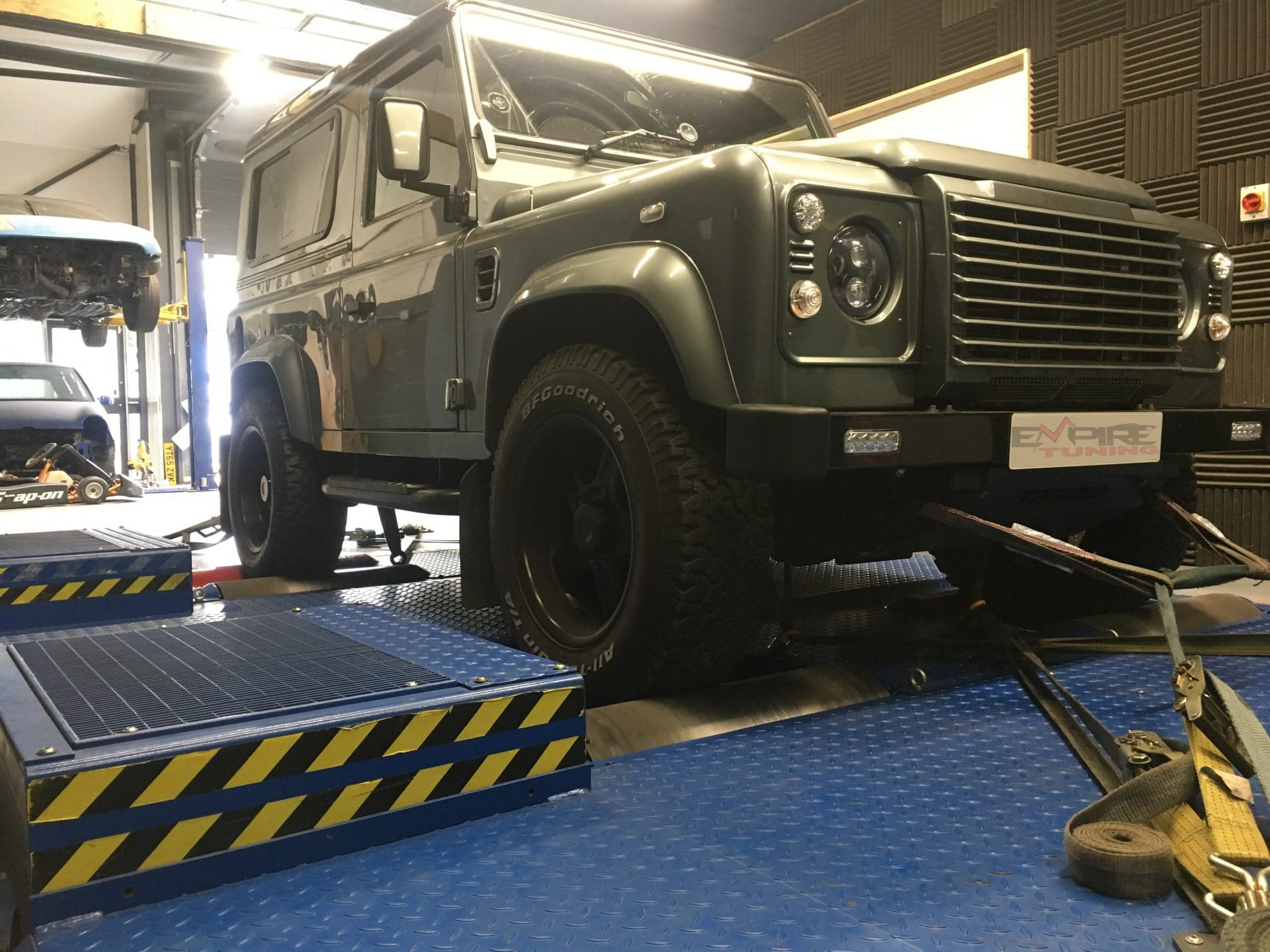 Defender On The Dyno With Graph